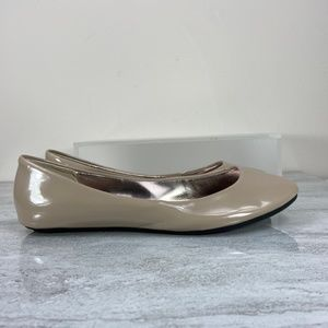 Steve Madden Nude Patent Style Flats